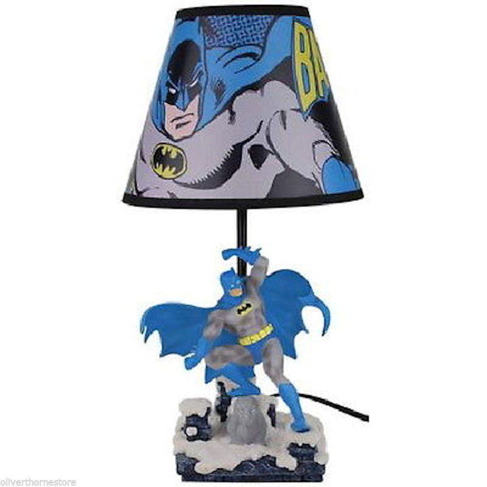 Fantastic DC Comics Batman Lamp Figurine + Shade NIB