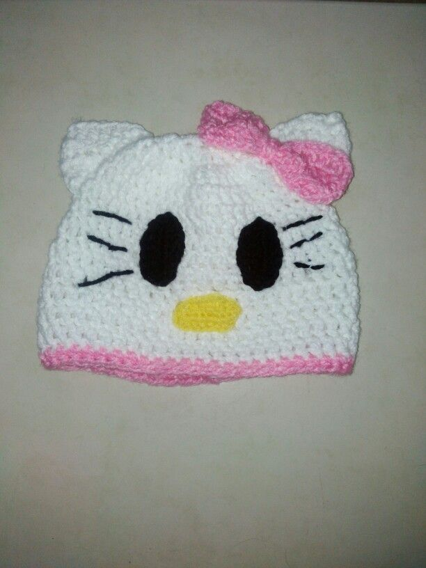 Hello Kitty crochet hat / Gorro de Hello Kitty en crochet $150.00 pesos mexicanos mas gastos de envio