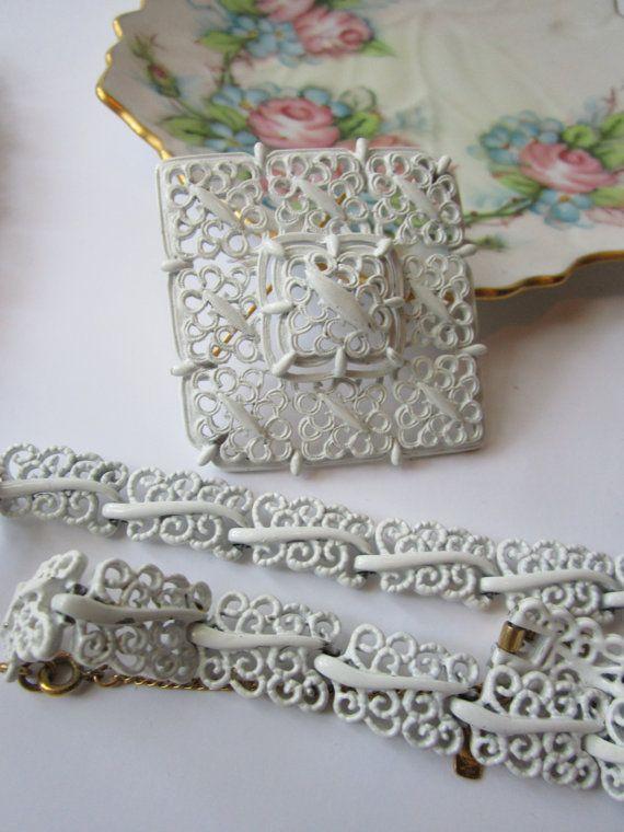 Vintage Signed Monet White Enamel and Goldtone by jenscloset, $36.50