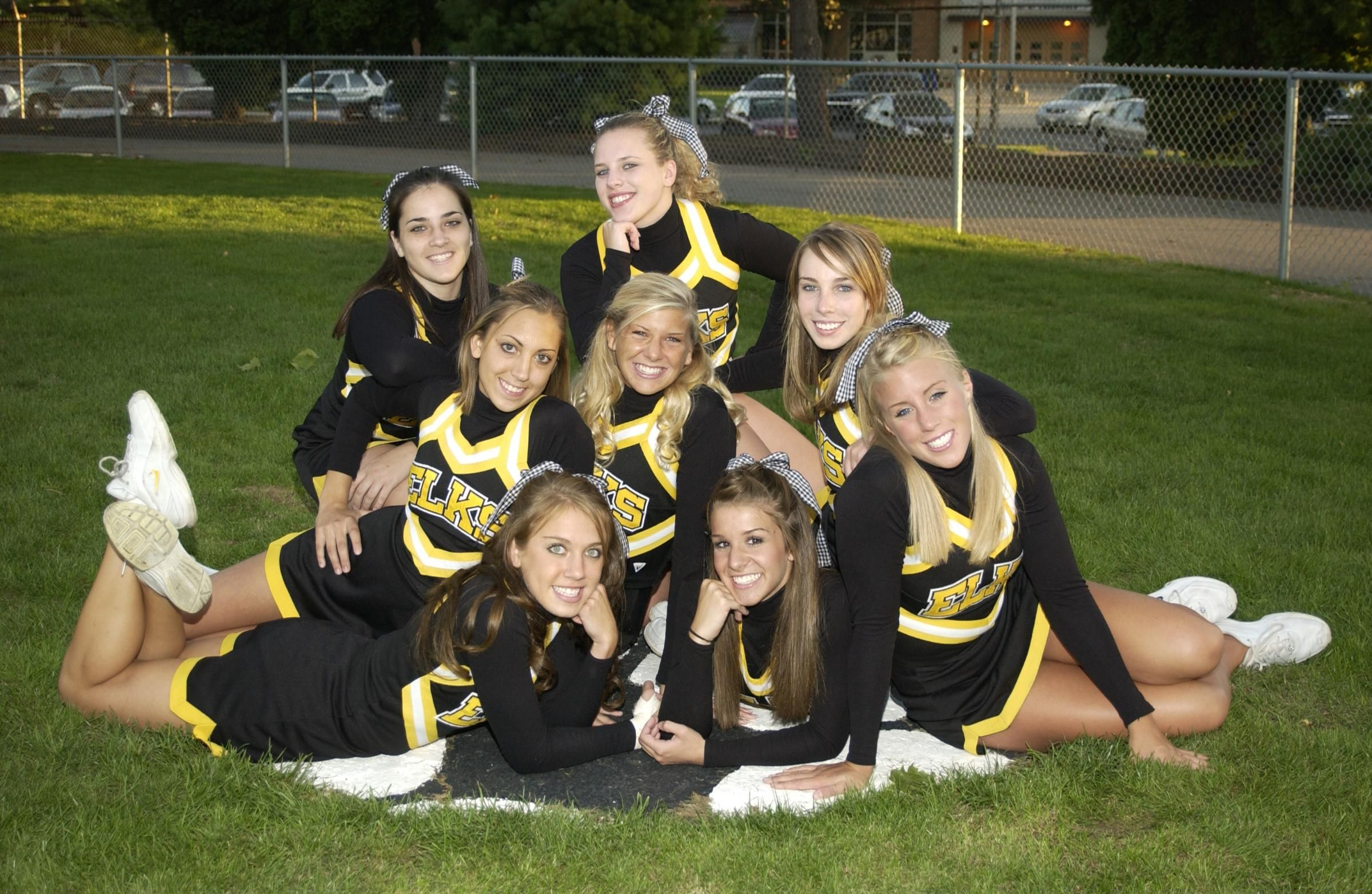 #cheer high school cheerleading pose photography ...