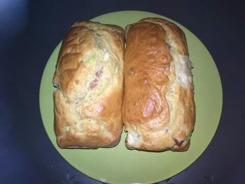 Pan casero de jamón tomate y orégano