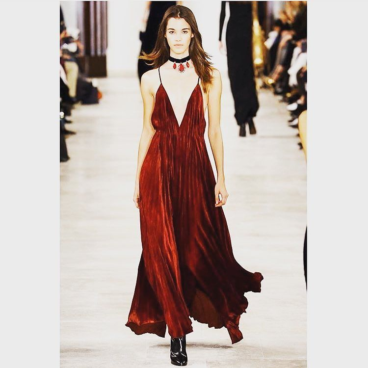 @ralphlauren #ny #nyfw #aw16 #reddress #stunning #ralphlauren #nyc #lagazette #post #blog #blogger #top by lagazettepost