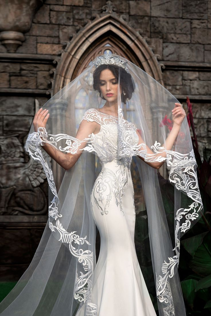 Beautiful wedding dress sleeves lace silk with veil ... |Beautiful Wedding Gowns With Veils