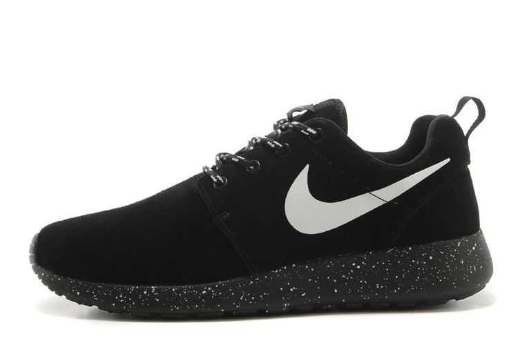 The Latest Mens Nike Roshe Run Suede Waterproof Black White