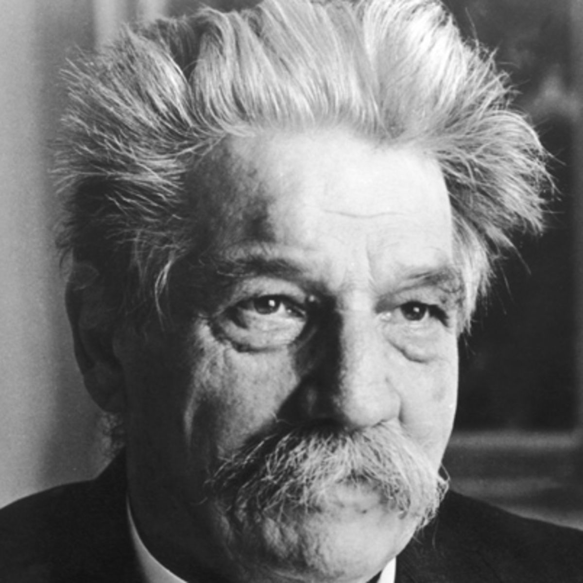 Biography.com profiles Albert Schweitzer, theologian, philosopher, organist, and mission doctor in equatorial Africa, whose goal was the Brotherhood of Nations.
