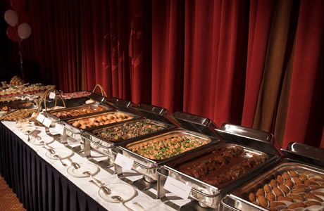 A buffet style is a good idea for a relaxed wedding atmosphere