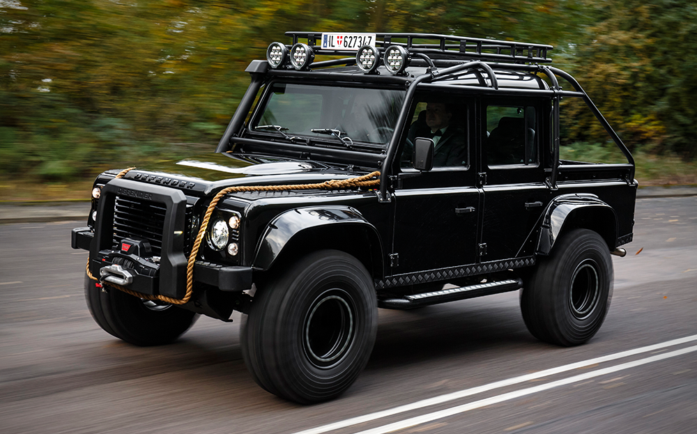 land rover defender james bond. The Land Rover Defender 90 Spectre Edition Is Built By London Based Tweaked Automotive And An Exact Replica Of One Used In James Bond\u0027s Spectre. Bond 1