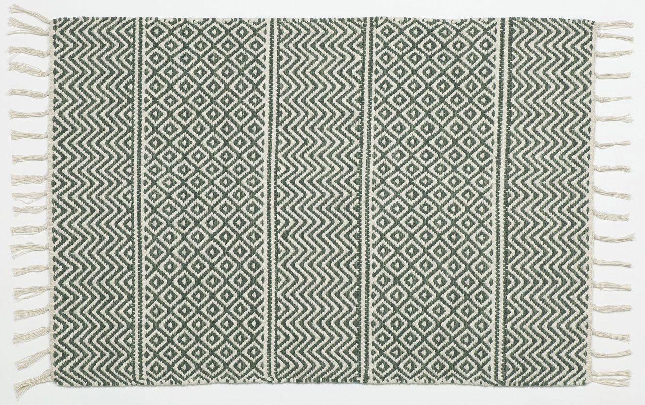 Dark Green Patterned Cotton Rag Rug From Skandihome Geometric Dark Green And White Fringed Rug In A Scandinavian Style Cotton Rag Rug Rag Rug Rugs