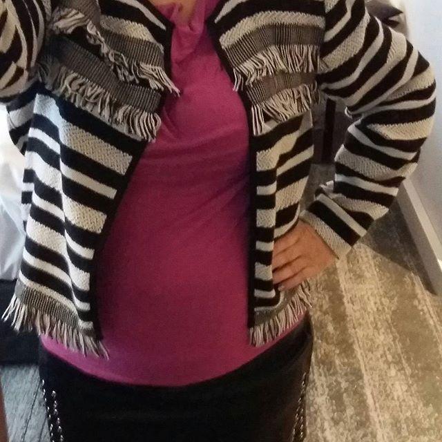 Minun MUOTI TYYLIÄ, Syksy/Talvi 2016 Katso&Seuraa BLOGIA. Tykkään hameista, tiukkiksista ja trikoopaidoista mm. Minulla on koti tyyli myös. Sinulla? HYMY #muoti #tyyli #blog #blogi #hame #jakku #paidat 💓😉☺