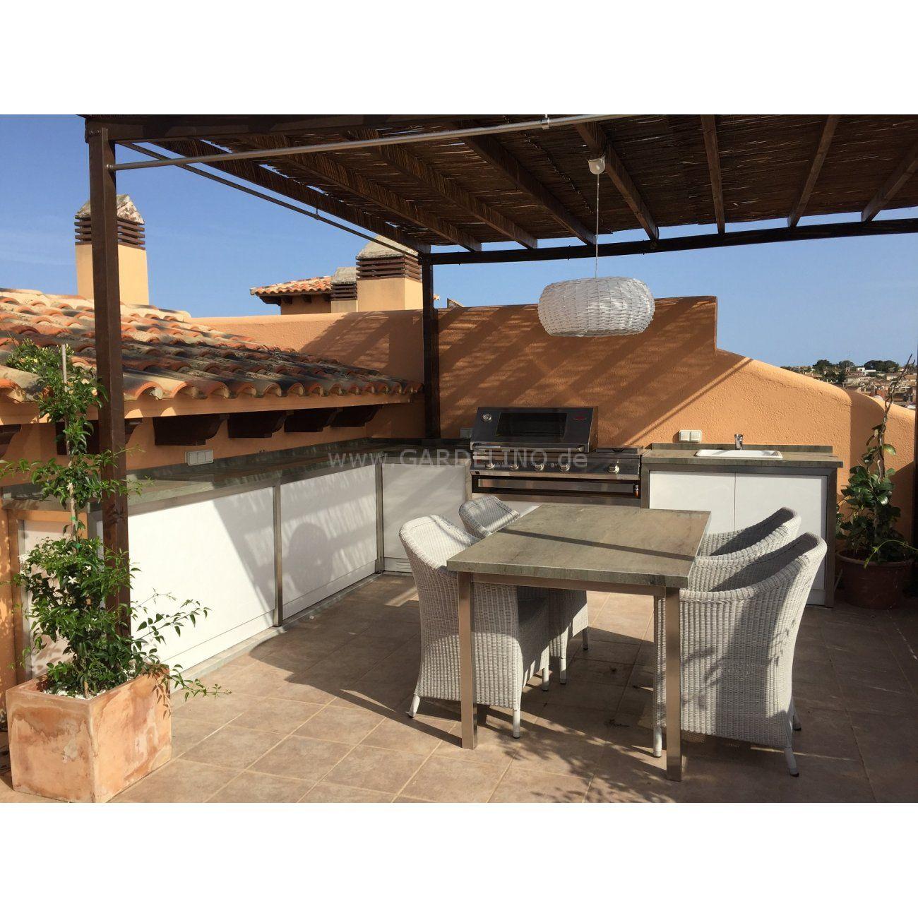 Mediterrane BeefEater Außenküche auf der Dachterrasse // mediterran ...