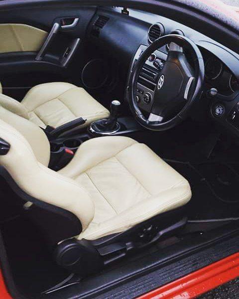 Hyundai Tiburon Tuscani Off White And Black Interior Custom Seats Cream Auto Addiction