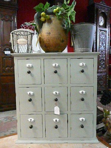 Petit meuble style grainetier a 9 tiroirs avec numeros en - Petit meuble a tiroir ...