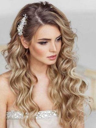 Frisuren Mit Locken Schone Optionen Kurz Haar Frisuren Locken Frisuren Hochzeitsfrisuren Frisur Hochzeit
