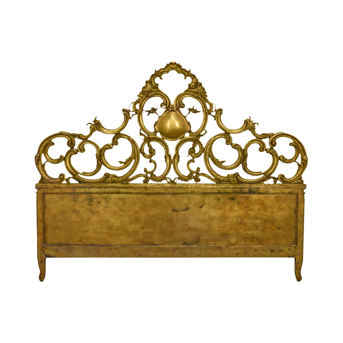 Carved Italian Gold Gilt Wood Florentine Rococo Style King