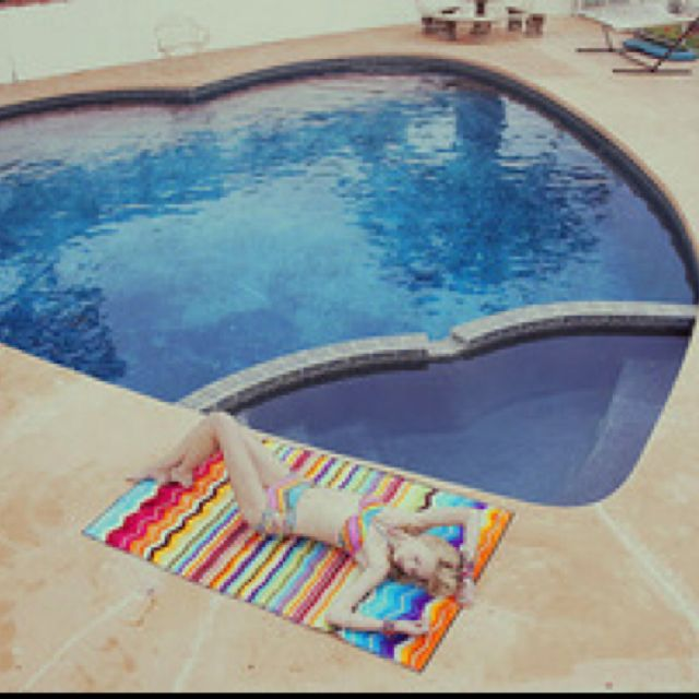 Heart shaped pool and spa dream pools pinterest for Pool shapes with spa