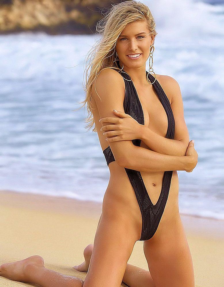Eugenie Bouchard - Sports Illustrated 2018 | Women's ...