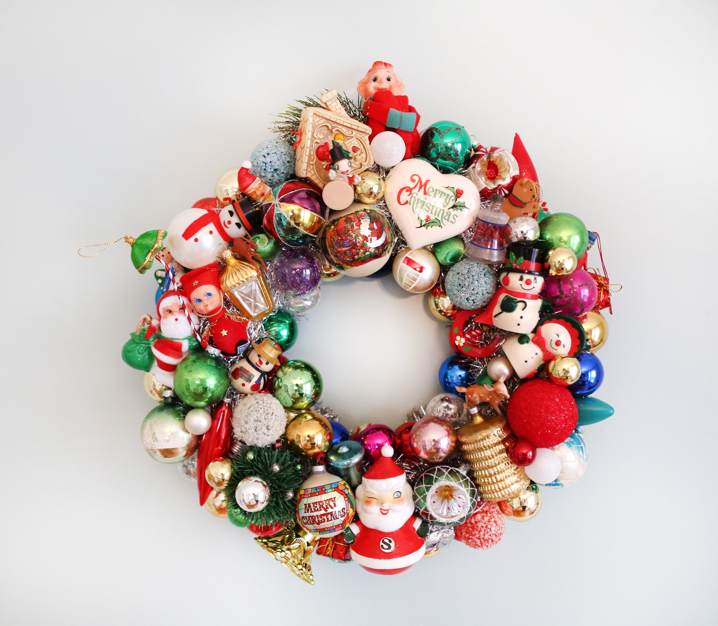 Vintage Christmas Wreath - Vintage Ornament Wreath - Vintage Christmas
