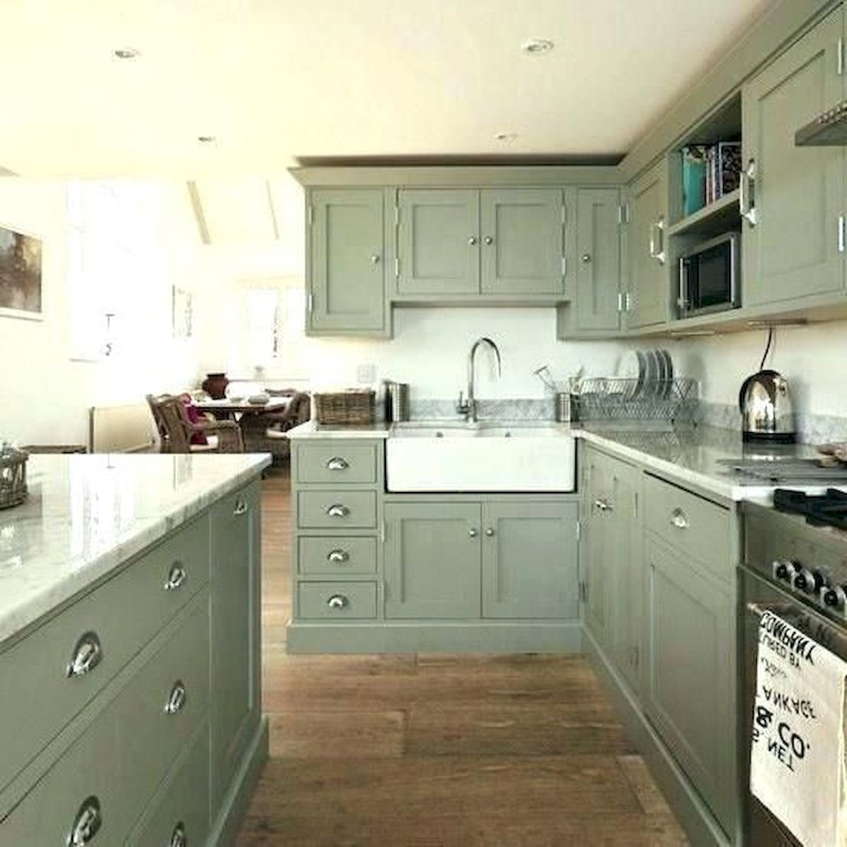 40 Awesome Sage Greens Kitchen Cabinets Decorating Yellowraises Green Kitchen Cabinets New Kitchen Cabinets Kitchen Design