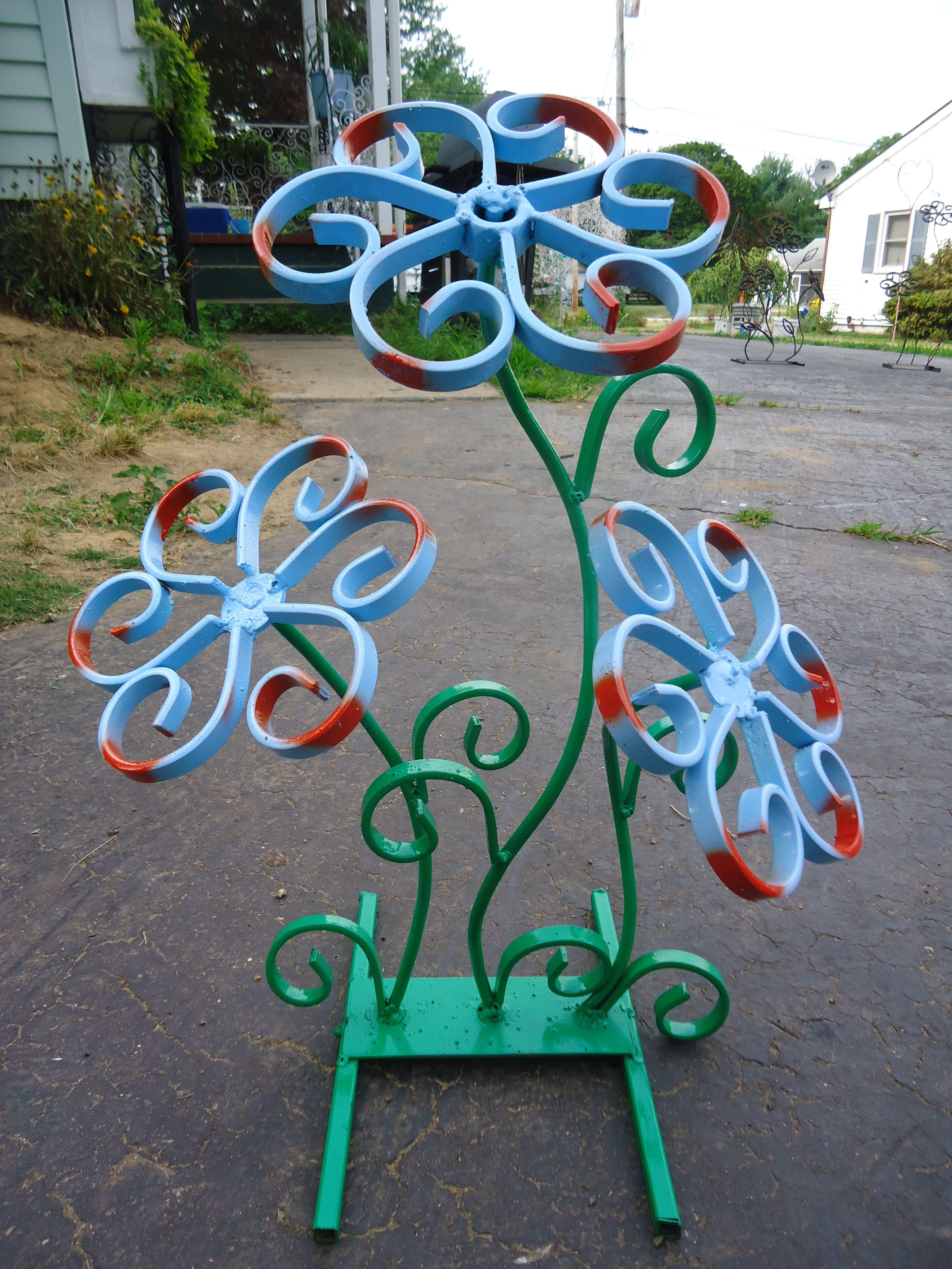 Poppy flower stake garden art poppy strong metal yard art flower - Steel Flower Sculpture Welding Mewelding Artwelding