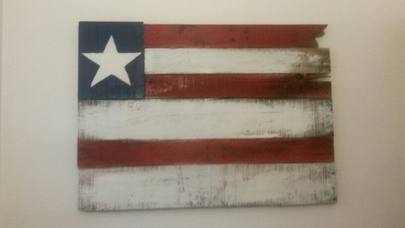 I made this out of an old pallet