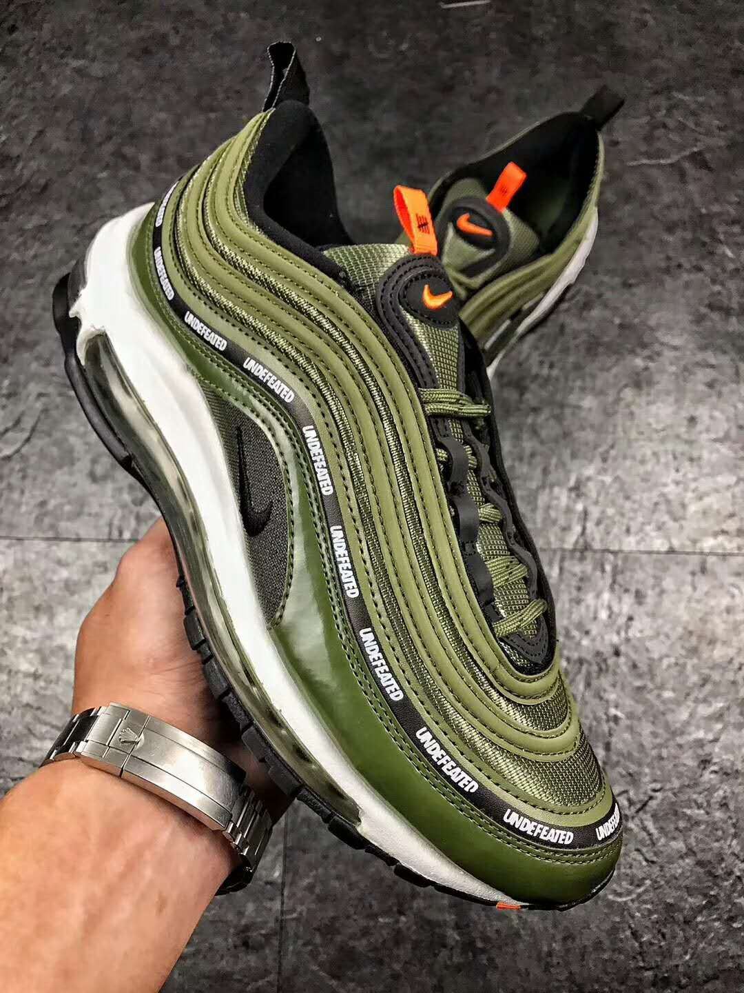 innovative design 28a0f f6a3e Undefeated x nike air max 97 Olive AJ1986-300 flight jacket militia green