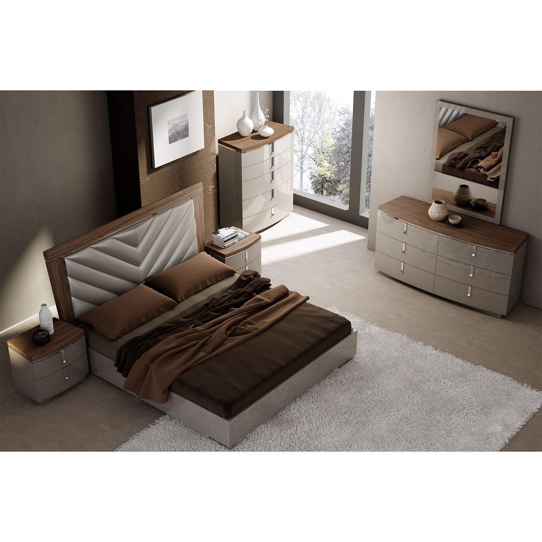 J&M Furniture Napa 6PC Queen Bedroom Set American Walnut