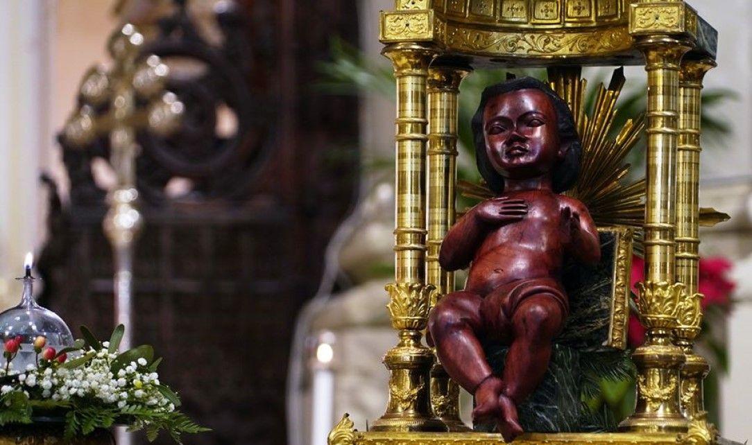 Gesu Bambino Dalla.Cattedrale Di Palermo Natale 2019 Gesu Bambino Dalla Tanzania Cattedrali Tanzania Gesu