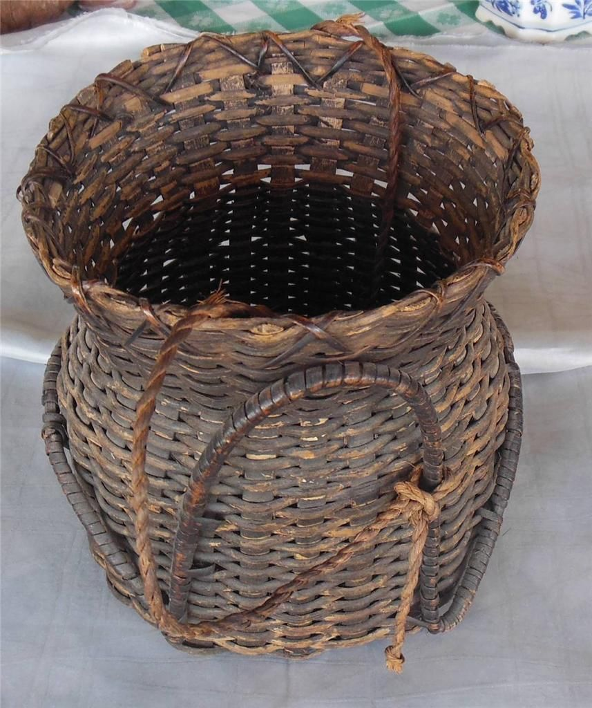Basket Weaving Of Ifugao : Ifugao philippine s shellfish collecting basket