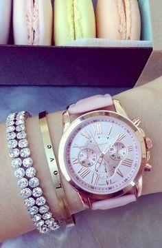 montre tendance été 2015 ROSE   bijoux   Pinterest   Montre tendance ... 2852fded70e