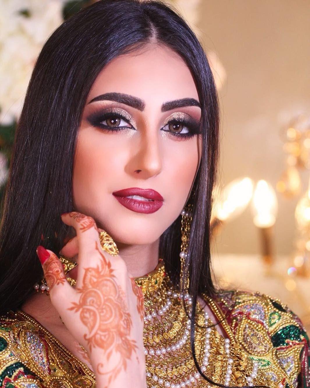 منى صفي Mona Saafi Instagram Photos And Videos Photo And Video Instagram Photo Instagram