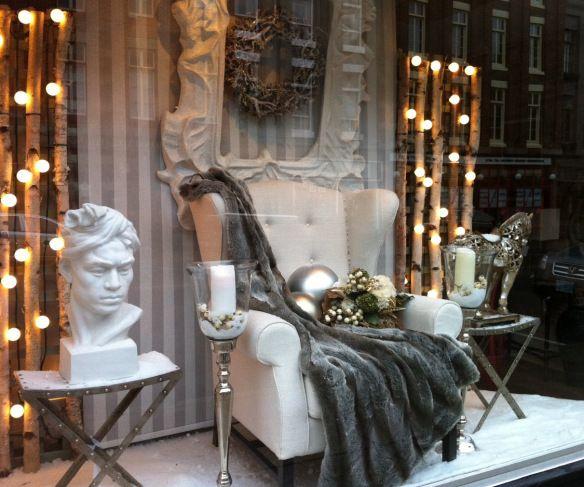 White Christmas at Glam Vintage & Moderne