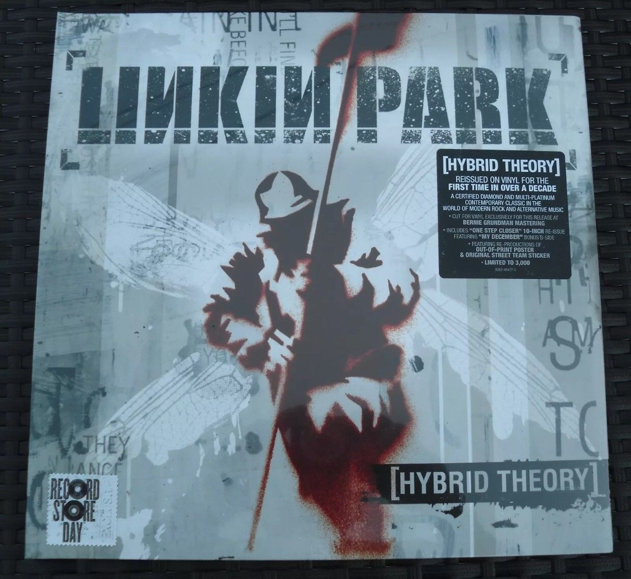 Linkin Park Hybrid Theory Lp Vinyl 10 Poster Rsd Record Store Day Ltd 3000 Ebay Linkin Park Hybrid Theory Linkin Park Record Store