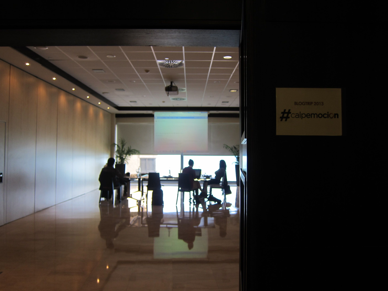 El la sala de reuniones del Gran Hotel Sol Y Mar