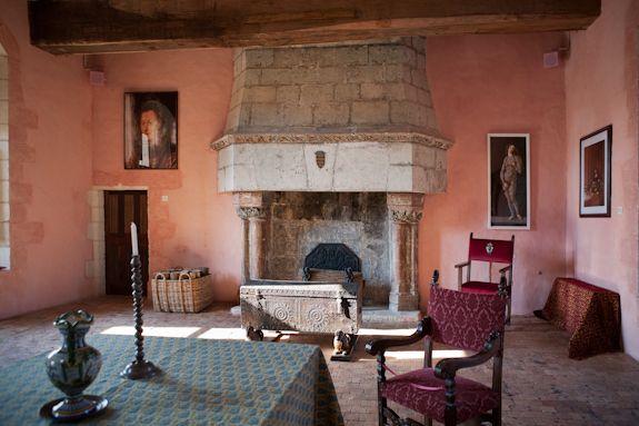 http://www.chateaudurivau.com/es/chateau-histoire.php