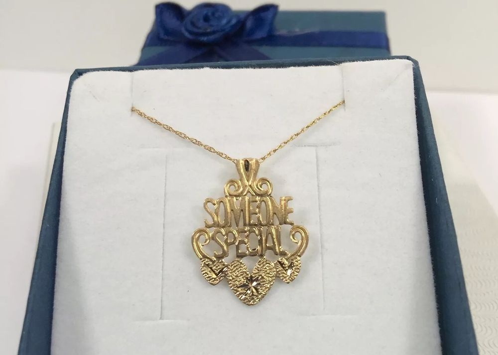 10k Yellow Gold Someone Special Pendant Necklace 22 Cable Chain