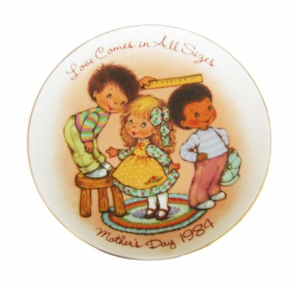 AVON Mother's Day Plate 1984 Love Comes in All Sizes  http://stores.ebay.com/The-Rolling-Wave?_trksid=p2047675.l2563