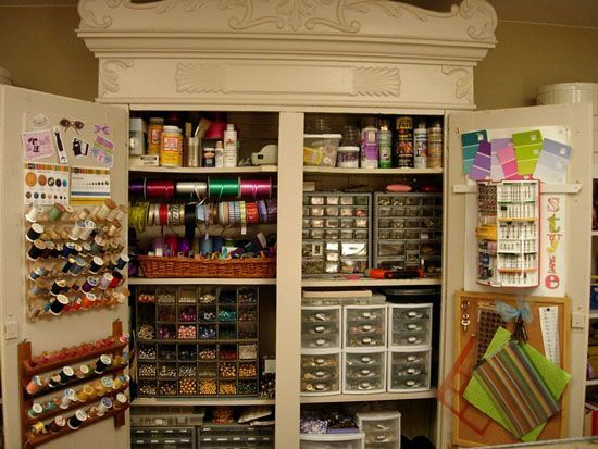 Armoire atelier couture deco pinterest craft room storage
