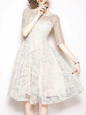 Elegantes Weißes Kleid Mit Perlen   Schöne Abendkleider ...