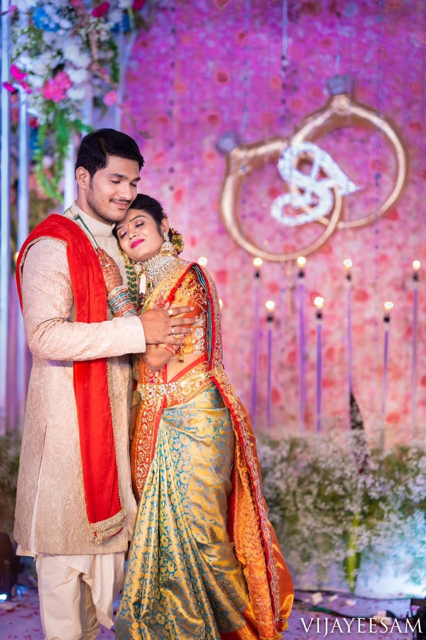 Shopzters Indian Wedding Photography Poses Indian Wedding Photography Couples Couple Wedding Dress