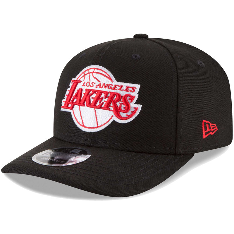 brand new 6aed8 5d118 Los Angeles Lakers New Era Crown Solid 9FIFTY Adjustable Snapback Hat -  Black