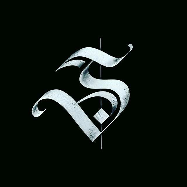 Pin by cassandra mccann on fonts lettrage calligraphie typographie - Lettre graffiti modele ...