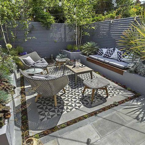 Private Small Garden Design ideas for this small south London courtyard garden e... #smallgardenideas