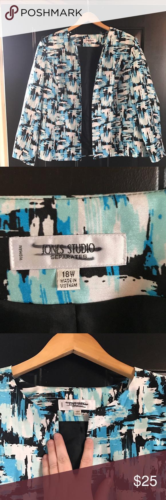 Jones Studio Dress Blazer Blue, black and white print Jones Studio Dress Blazer. Open front, long sleeve, lightweight with shoulder padding (lightly padded). Jones New York Jackets & Coats Blazers