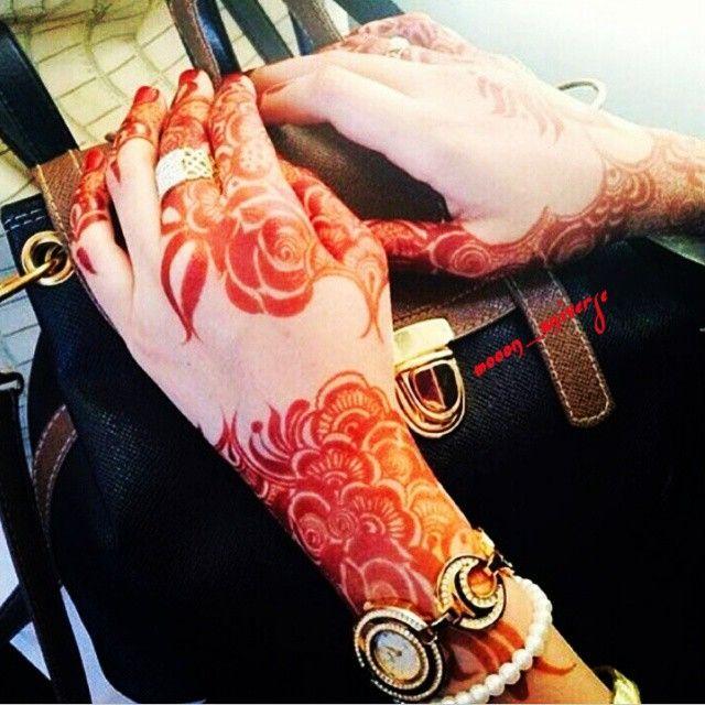Mooon Universe On Instagram حب رومنسي شعر ذوق احساس اناقة حس مرهف رايق شعري رومنسية Latest Henna Designs Unique Mehndi Designs Mehndi Art Designs
