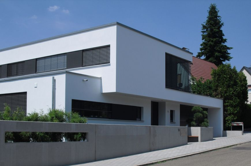 Bild 2 einfamilienhaus in zirndorf architecture for Minimalistisches haus grundriss