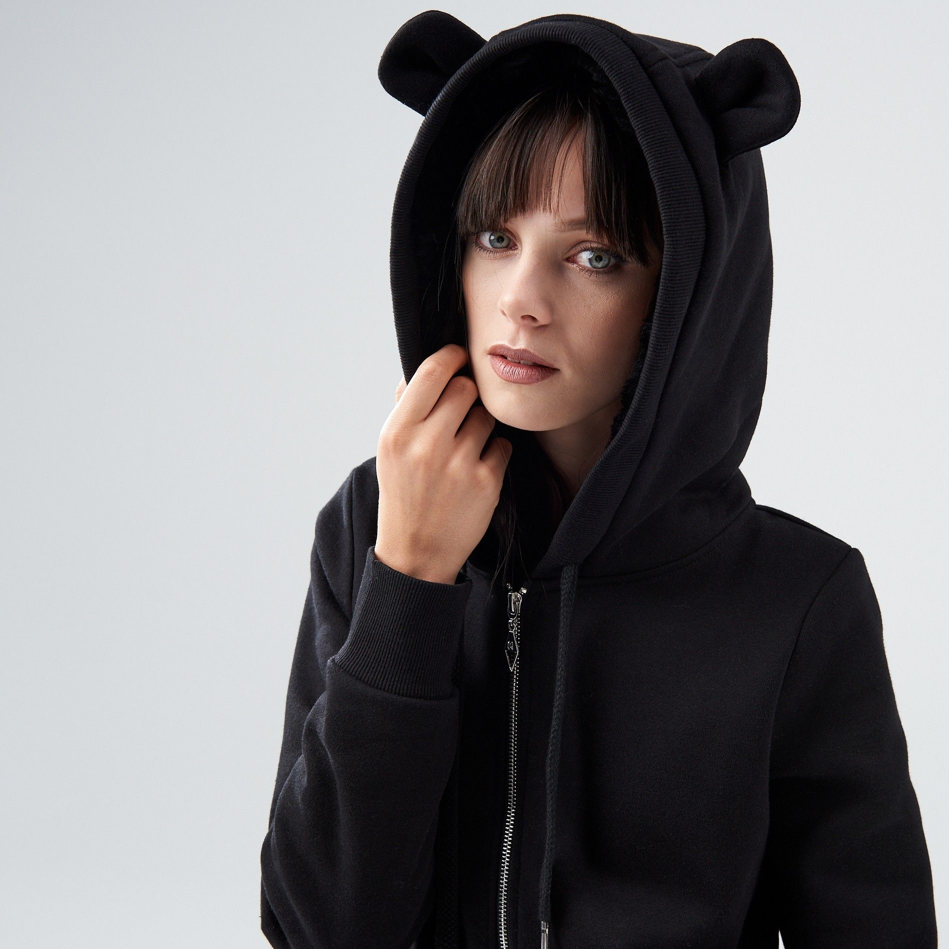 http://www.cropp.com/ru/ru/woman/recommended/cozy/pt383-99x/hoodie-with-ears