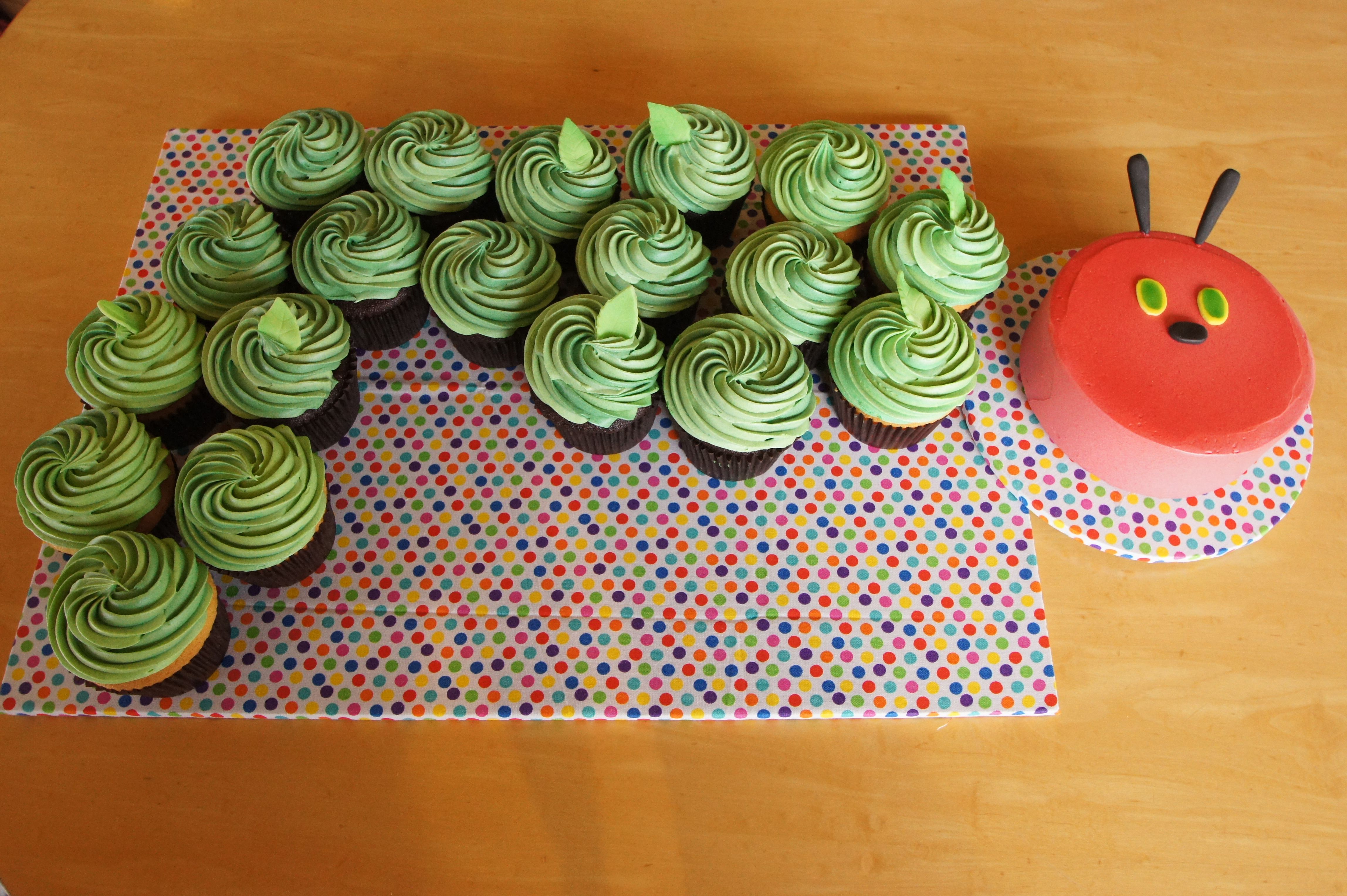 The Hungry Caterpillar Birthday Cake With Cupcakes