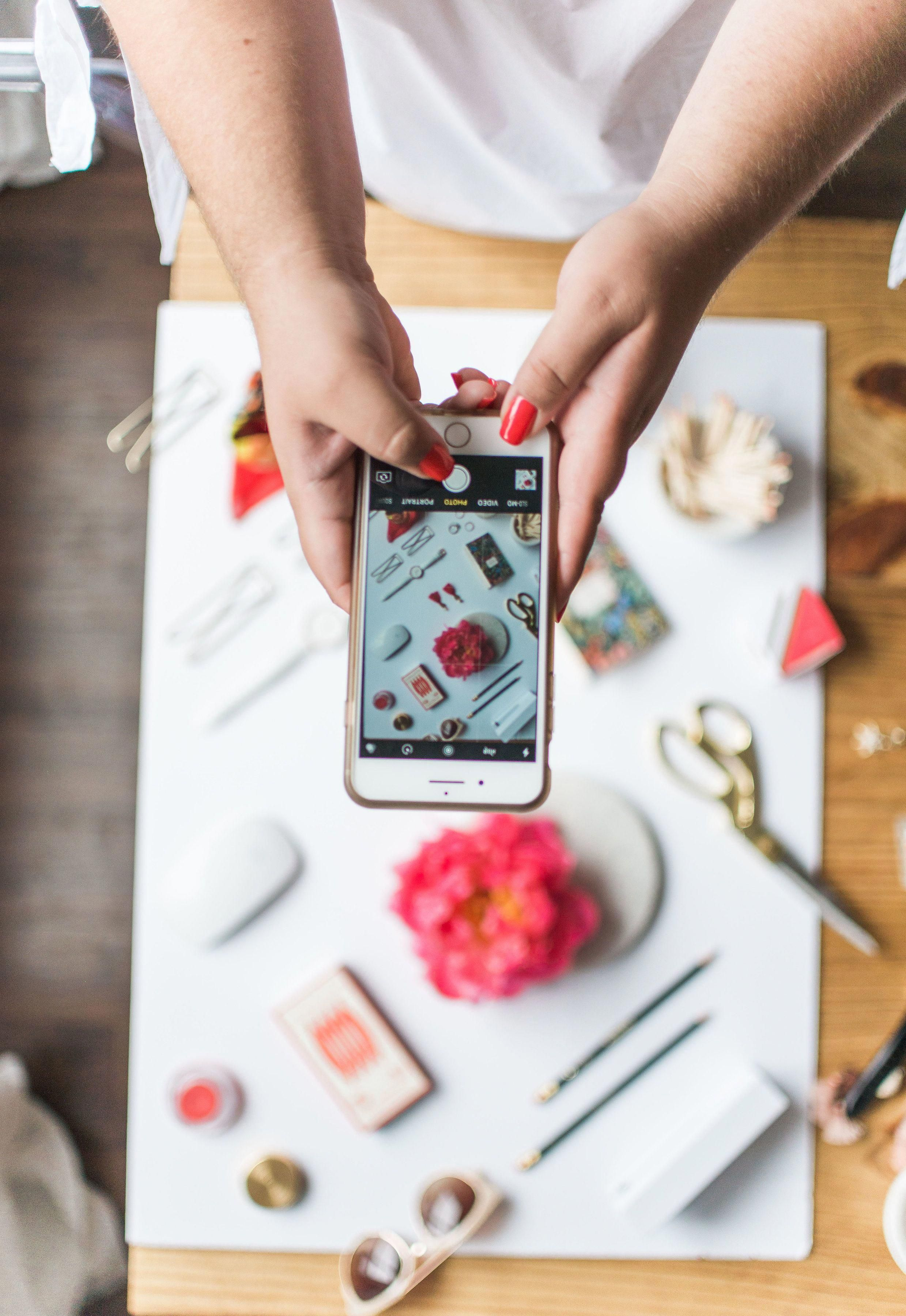 How To Set Up The Perfect Flatlay
