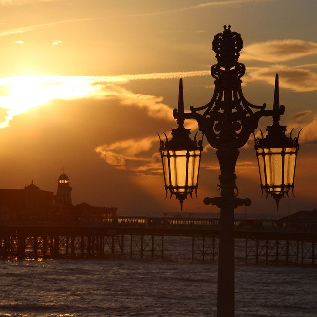 Lamp Post Overlooking The Sea On Madeira Drive Brighton Sussex Uk Lamp Post Brighton Brighton And Hove