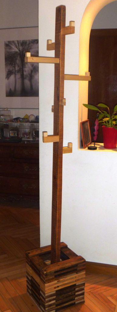 Colgados de la madera reciclada artesania en madera - Percheros de madera rusticos ...